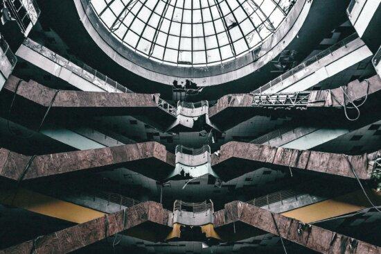 Aufgegeben, Einkaufszentrum, innen, alt