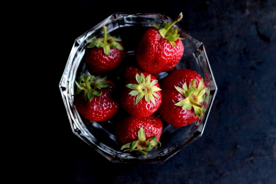 bowl, straweberries, bowl, fruit, decoration,