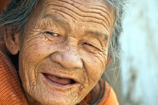 Femme, grand-mère, vieux, personne, portrait, sourire, femme, visage