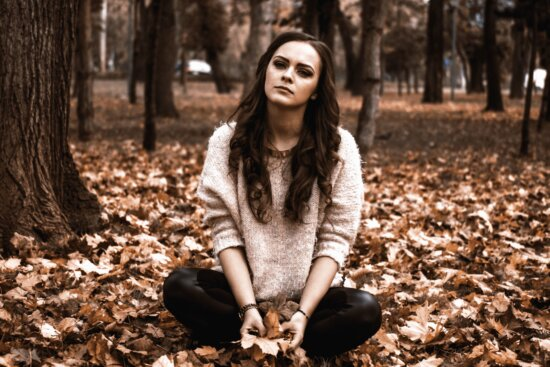 woman, wood, young, youth, leaves, fashion