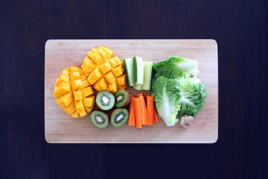 киви, маруля, моркови, пъпеши, плодове, вегетариански, вкусни, здравословни