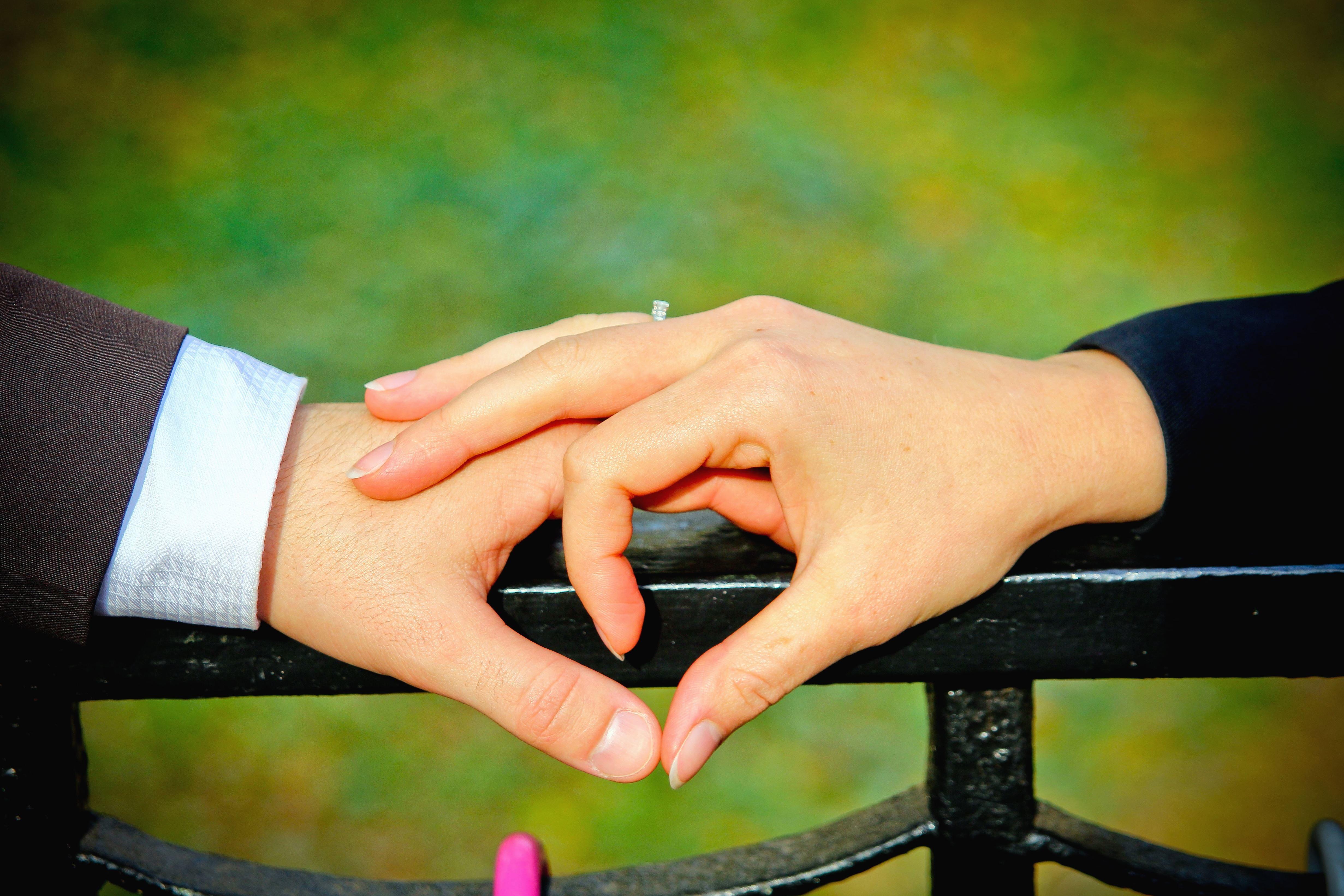 Imagen gratis: Hombre, mujer, mano, dedo, anillo, boda