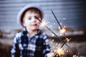 child, celebration, spark, hot