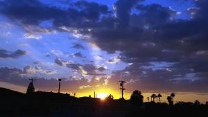พระอาทิตย์ตก เมฆ ท้องฟ้า เงา
