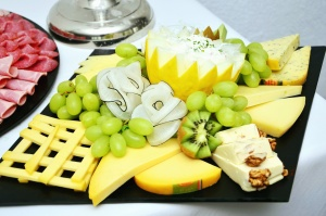 kiwi, grapes, cheese, food, fruit, walnut