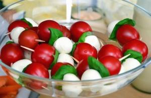 cherry paradajky, syr, šalát, misy, potraviny, výživa