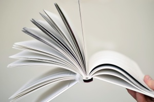 手、指、ブックマーク、ブック、ページ、紙