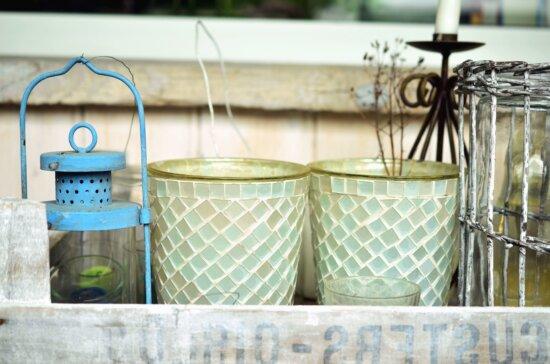 flowerpot, plant, shelf, candlestick, lamp
