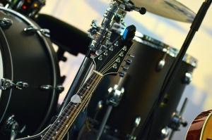đàn guitar, dây, drum, âm nhạc