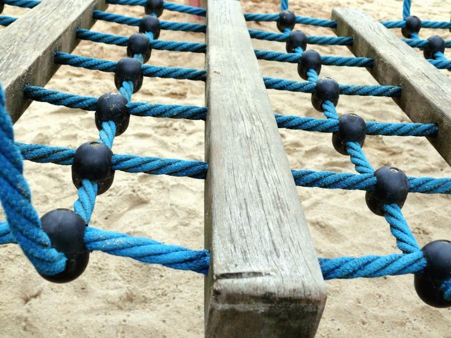 Hängematte, Seil, Holz, Sand