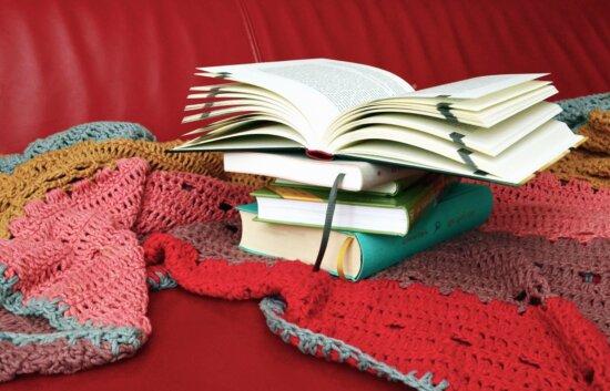 Bücher Wolle, Farbe, bunt