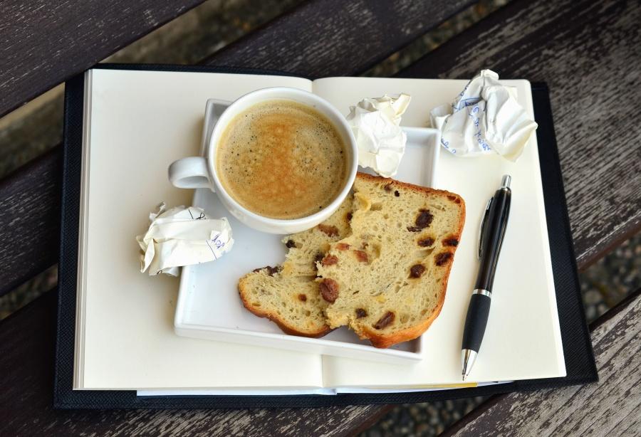 supa, bol, pâine, stilou, hârtie