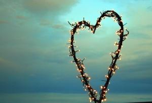 Coeur, ampoule, ciel, électricité, décoration