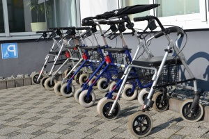 инвалидна количка, медицинско оборудване, метални, колело