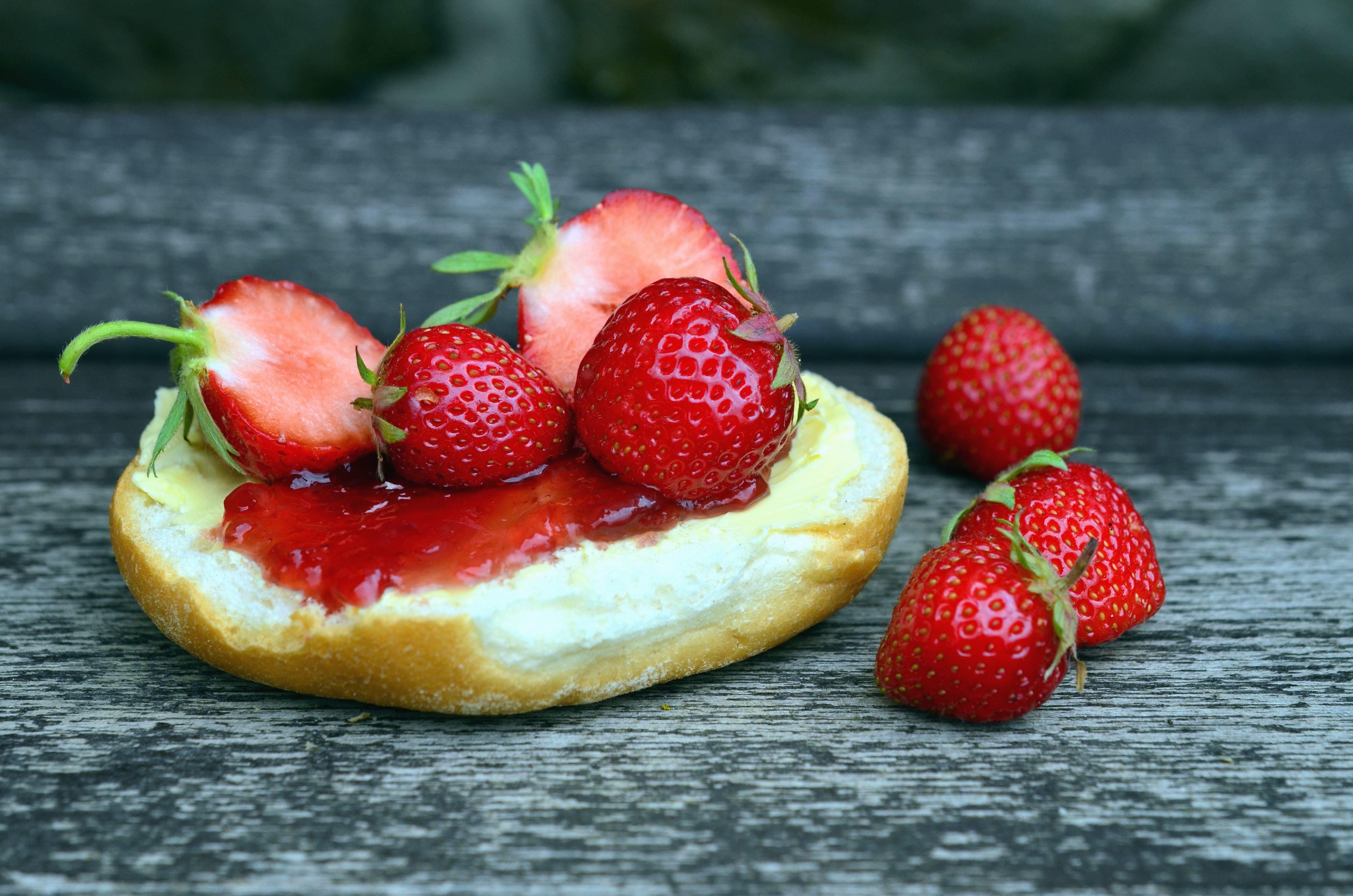kostenlose bild erdbeere kuchen marmelade essen obst. Black Bedroom Furniture Sets. Home Design Ideas