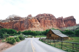 Cabine, route, nature, canyon
