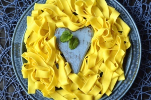 pasta, noodle, heart, plate, decoration, food