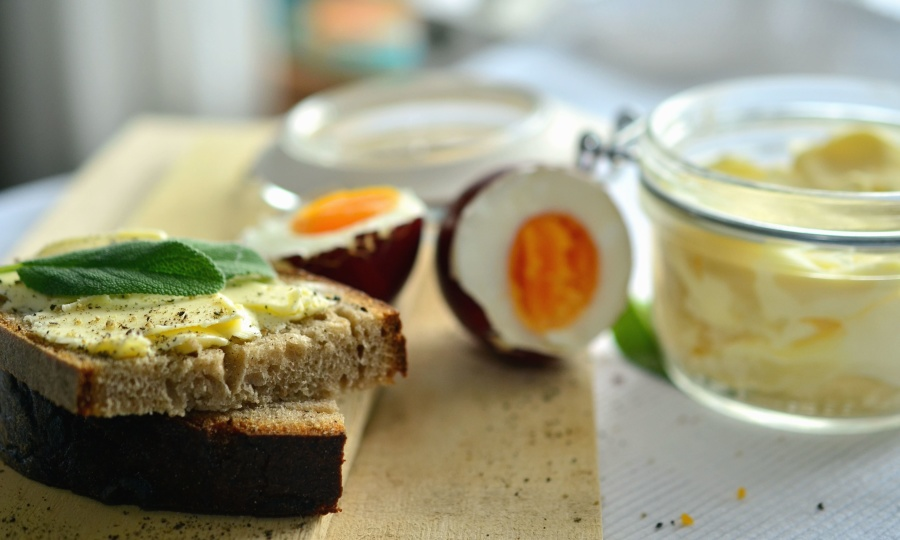 vajcia, chlieb, potraviny, maslo, Raňajky