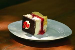 cake, dessert, raspberry, chocolate, decoration, sweet