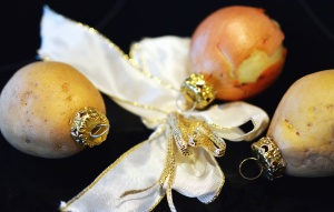 decoration, potato, onion, christmas, cloth, vegetable