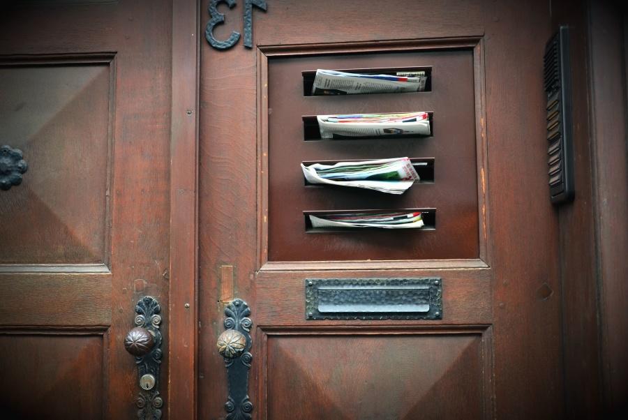 Cassetta postale, porta, posta, maniglie delle portiere, citofono