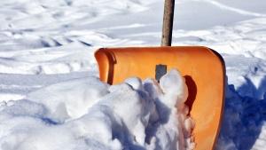 łopata, śnieg, zima, zimno, mrożone