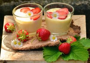 Erdbeere, Pudding, Obst, süß, Blatt, Glas