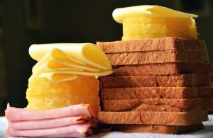 rajčica, sendvič, povrća, vrč, senf, sir, kruh