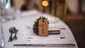 Restoran, perayaan, tabel