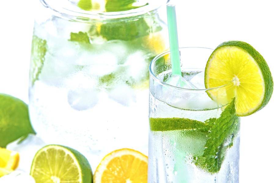 suco de fruta fresca, limonada, gelo
