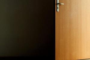 темные, комната, открытые, двери