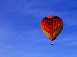 hot air ballon, sky, balloon, aircraft, blue sky, vehicle