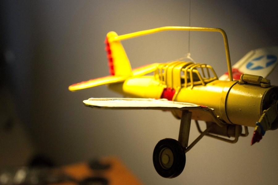 Juguete de plástico, avión, juguete