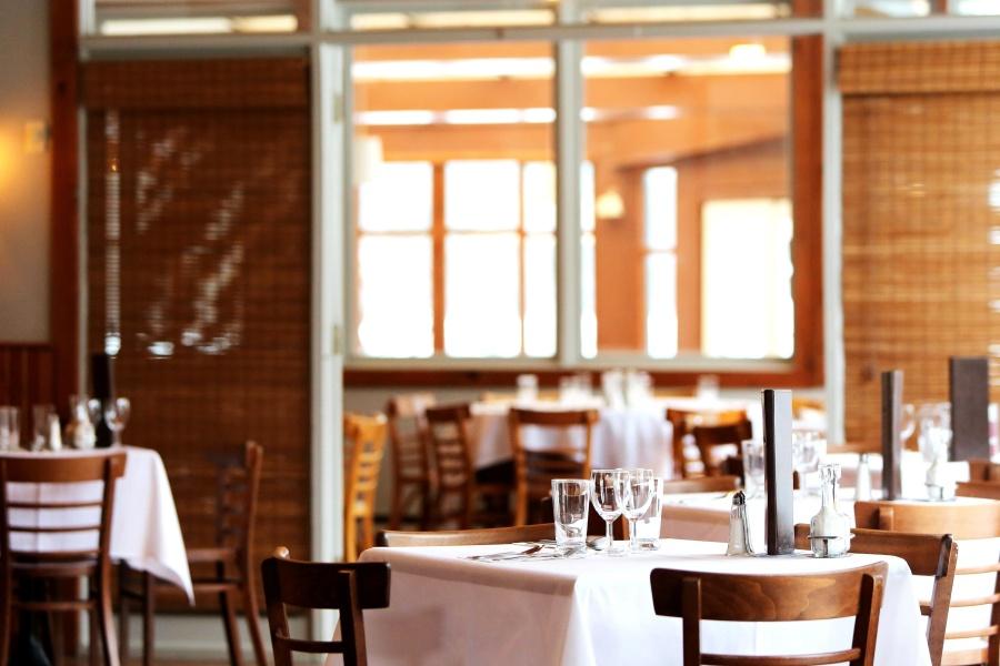 Foto gratis ristorante interno stanza disegno casa for Disegno interno casa