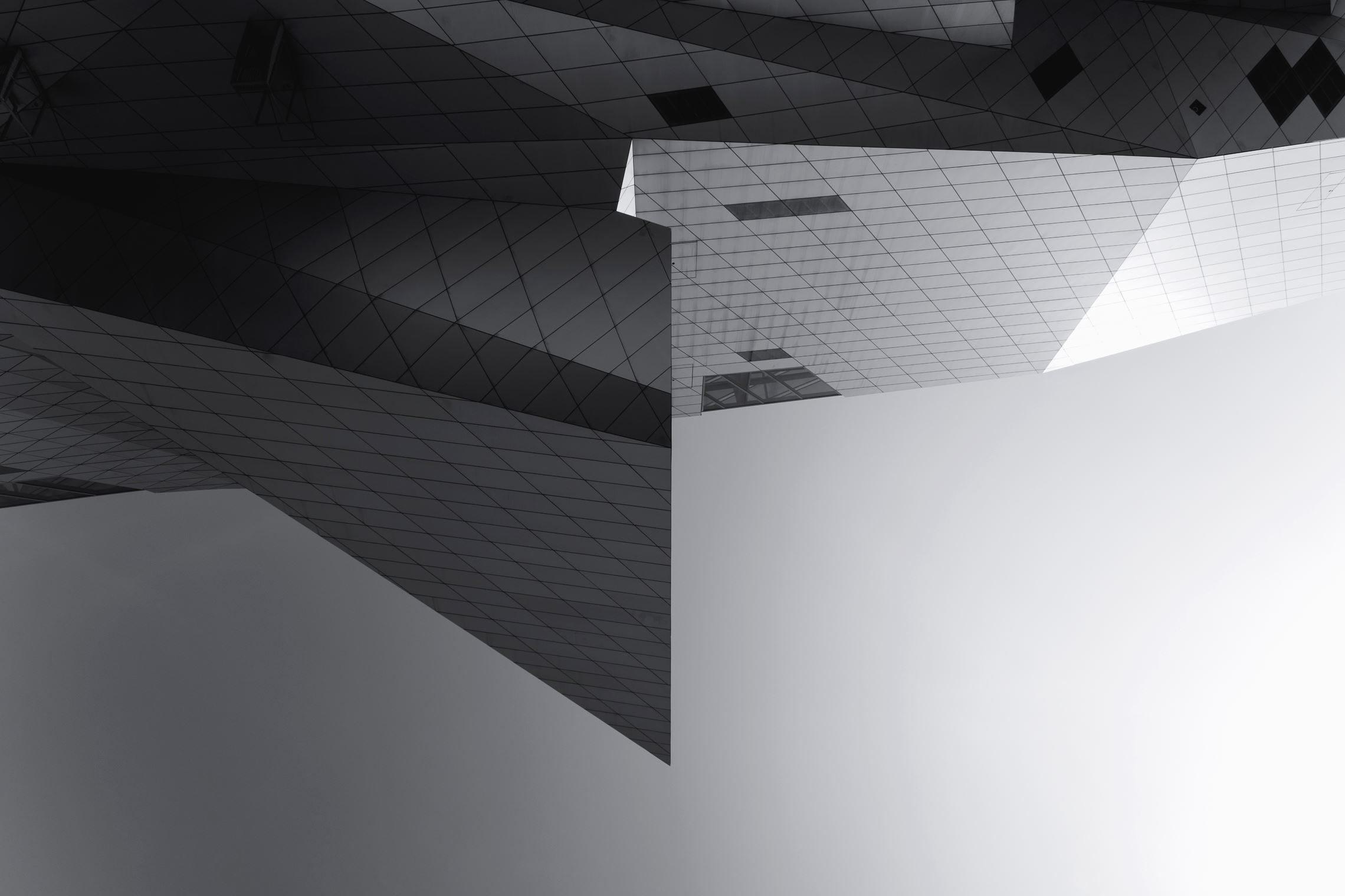Gratis afbeelding: architectuur moderne bouw gevel glas ontwerp
