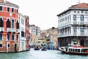 kanal, bygning, arkitektur, båd, turisme, vindue, facade