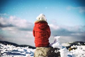Niño, nieve, invierno, chaqueta, sol, hielo