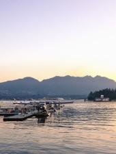 Hydroplane, quai, eau, lac, montagnes, vol, transport