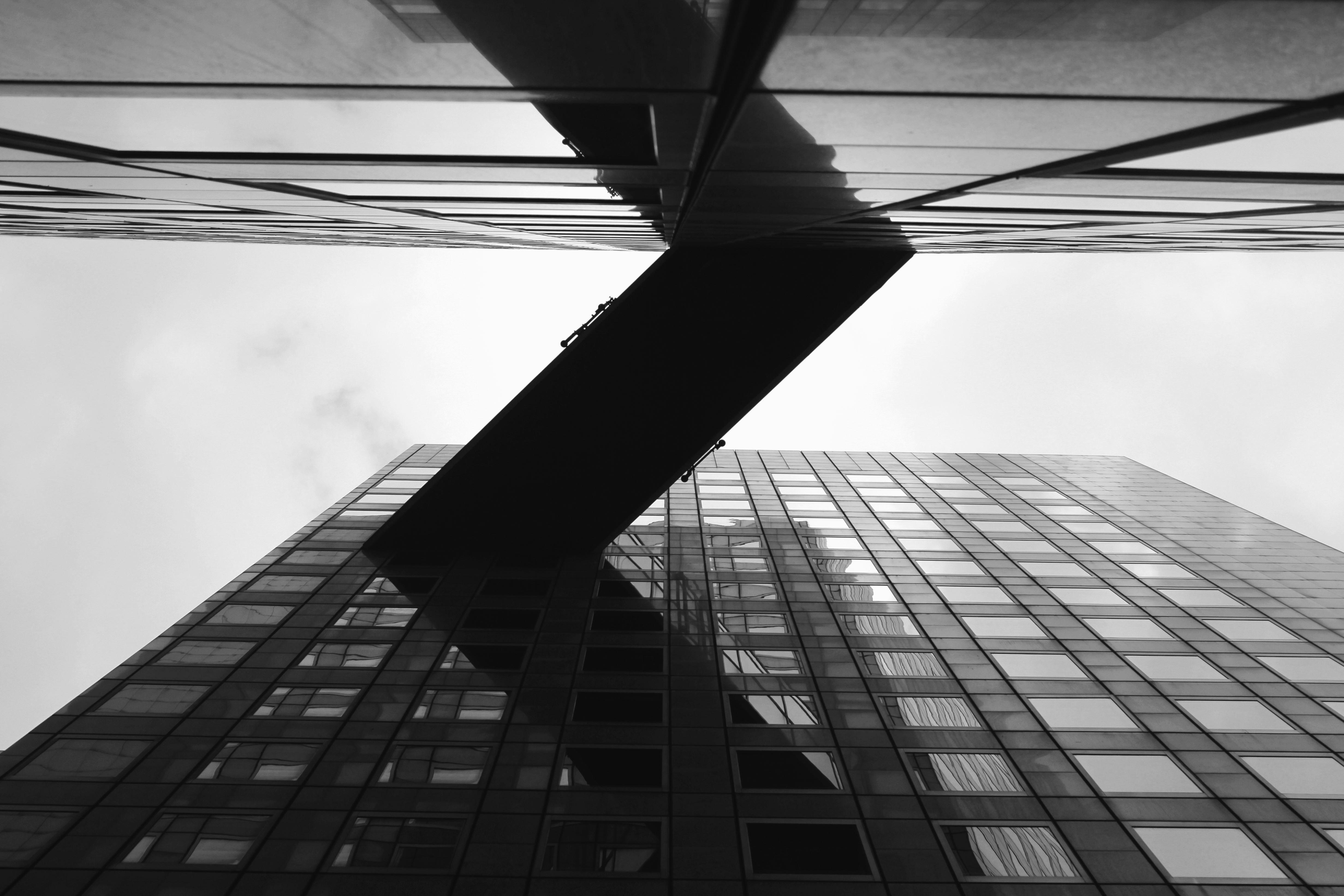 Pont bâtiment verre complexe façade architecture construction