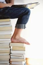 Libro, gamba, pantaloni, lettura, ricerca, scienza, studio