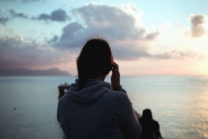 dievča, more, hory, cloud, ruka, vody, silueta, more