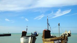 Boot, meer, wasser, himmel, sonniger tag, holz, dock