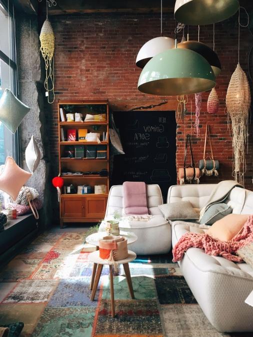 pokoj, lustr, interiér, židle, stůl, skříň, zeď, cihla