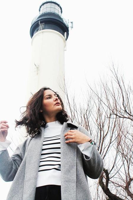 djevojka, drvo, toranj, svjetionik, arhitektura, kaput