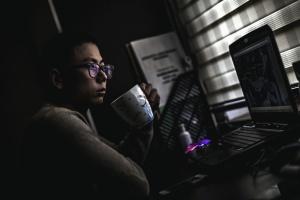 čovjek, naočale, kup, računalo, programer, prijenosno računalo, tehnologija