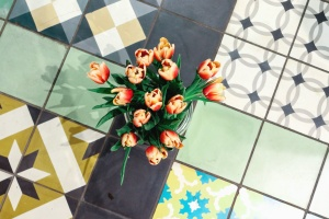 tulip, vase, floor tiles, decoration