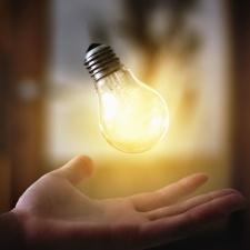 glödlampa, hand, el, glas, metall, fotomontage