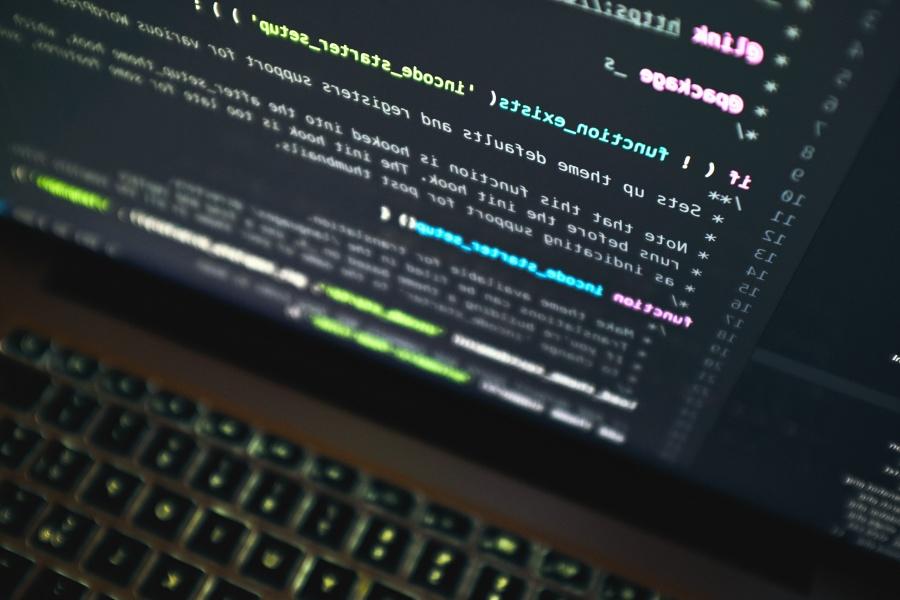 Ordenador portátil, programación, código, teclado de ordenador, tecnología