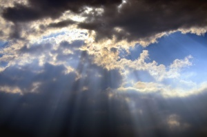 sky, sun, cloud, light beam, cloudy