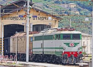 Locomotiva, veicolo, elettromotive, ferrovie, trasporto, collina